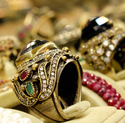 Karam, anillos turcos