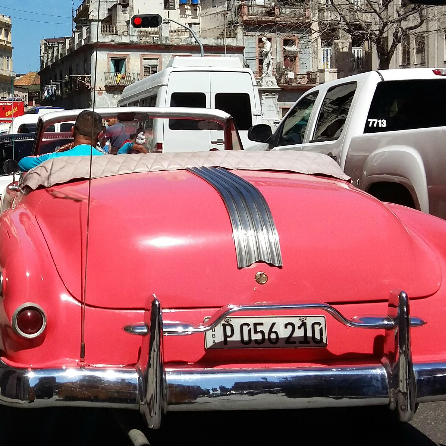 La Habana. Coches típicos