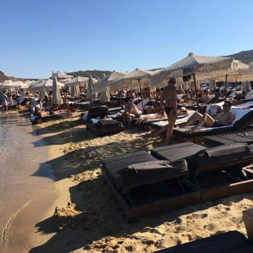 Playas de Mykonos en verano