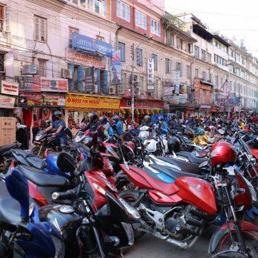 Tráfico en Katmandú, Nepal