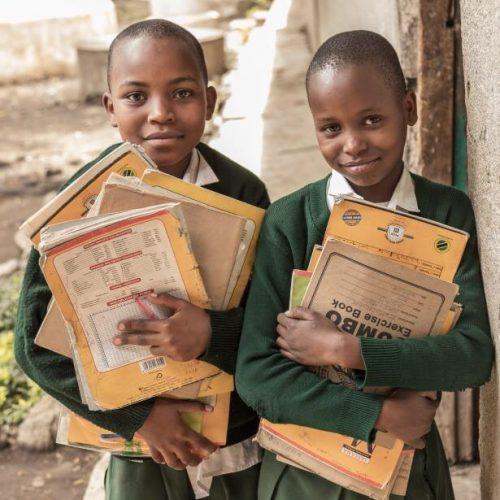 Estudiantes del colegio tanzano