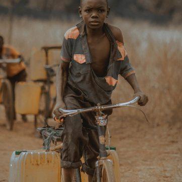 Necesidades básicas en Tanzania