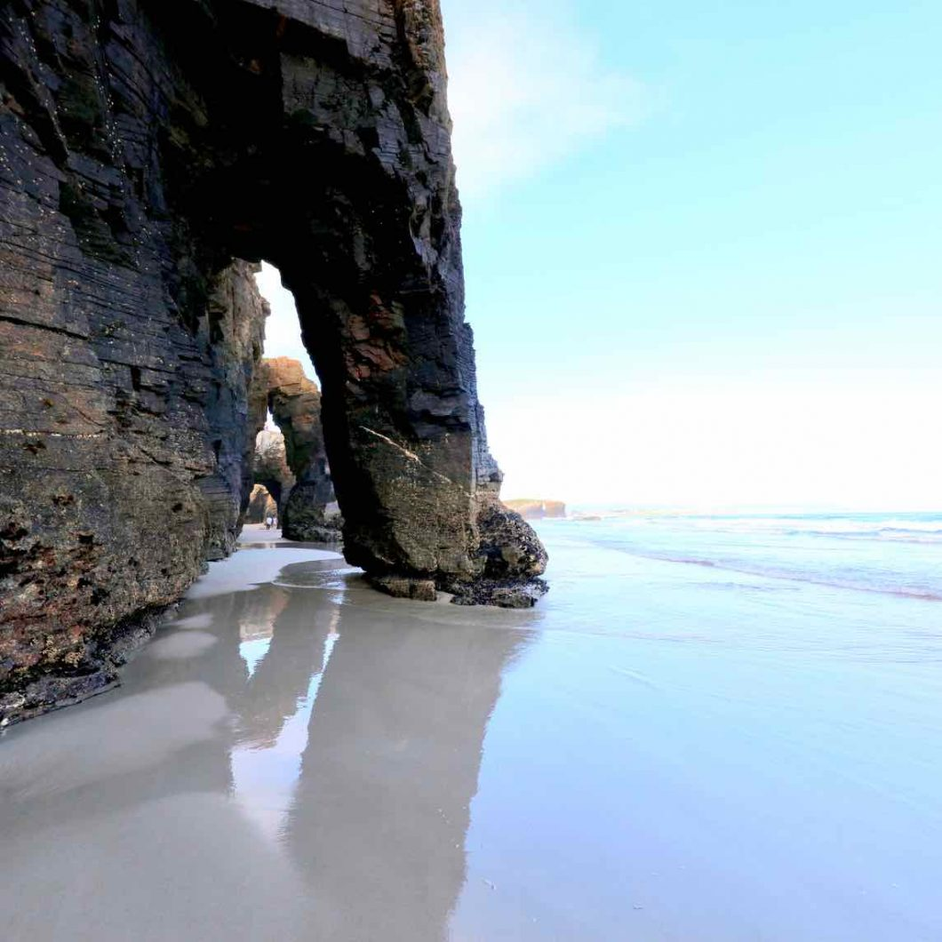 Reserva para visitar la playa de las Catedrales