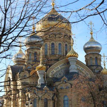 Iglesia ortodoxa en San Petersburgo