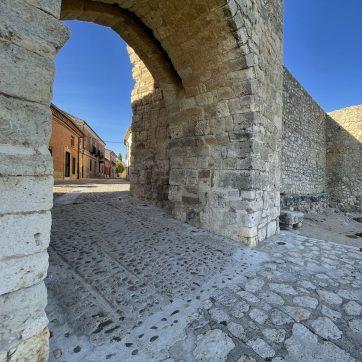 puerta muralla Urueña